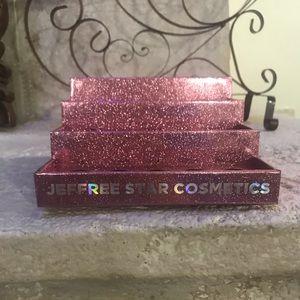 PINK GLITTER MAKEUP DISPLAY Single. Jeffree Star!